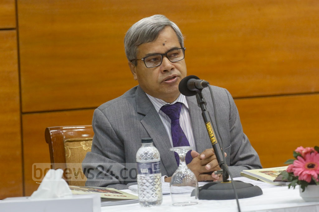 Industries Secretary Md Abdul Halim speaks during a discussion session on the second day of nine-day long National SME Product Fair 2020 at the Bangabandhu International Conference Centre in Dhaka on Thursday. Photo: Mahmud Zaman Ovi