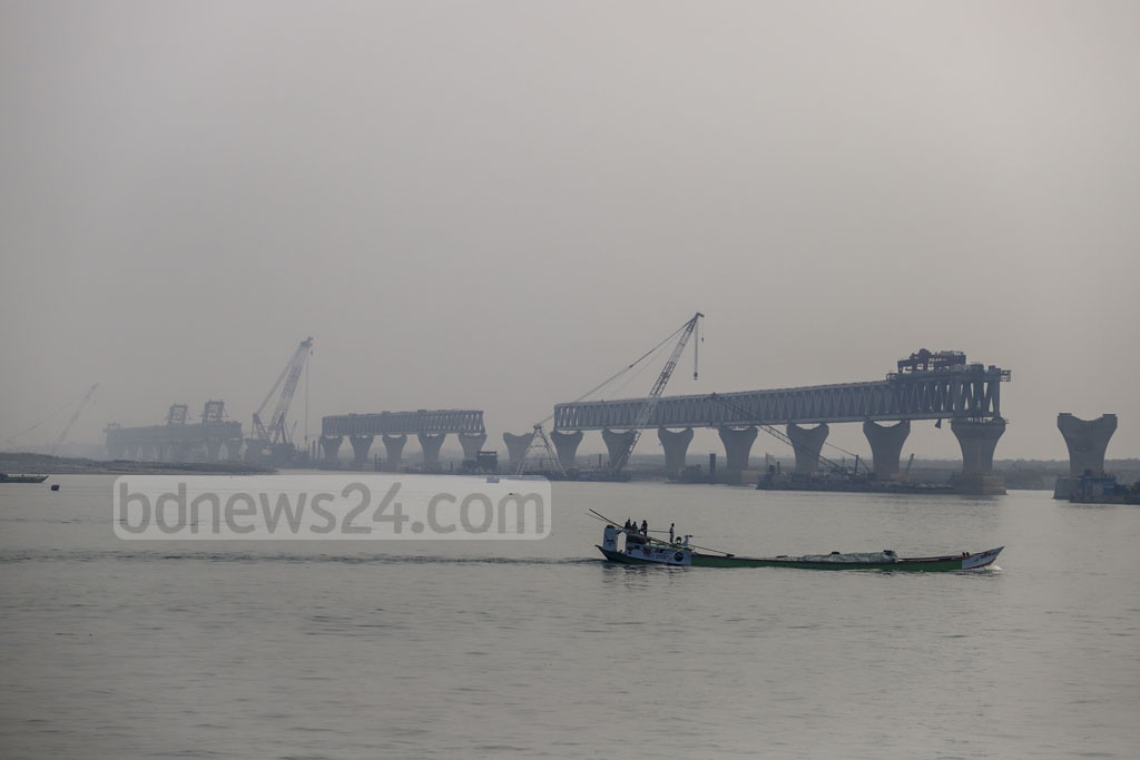 A view of the under-construction Padma Bridge from the Mawa end.