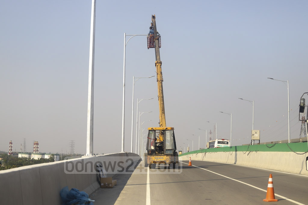 Preparations are under way for the inauguration of Bangladesh's first expressway by Prime Minister Sheikh Hasina. Photo: Asif Mahmud Ove