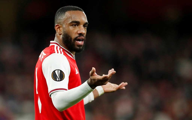 FILE PHOTO: Arsenal's Alexandre Lacazette reacts. Football - Europa League - Group F - Arsenal v Vitoria S.C. - Emirates Stadium, London, Britain - October 24, 2019. Action Images via Reuters