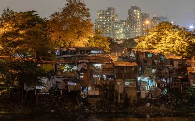 Shanty homes are pictured in a slum area, amid the coronavirus disease (COVID-19) lockdown, in Pasig City, Metro Manila, Philippines, May 19, 2020. REUTERS