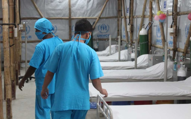 Health workers at a 144-bed treatment centre built in Ukhiya Upazila of Cox's Bazar, Bangladesh, on May 7. UNHCR/REUTERS