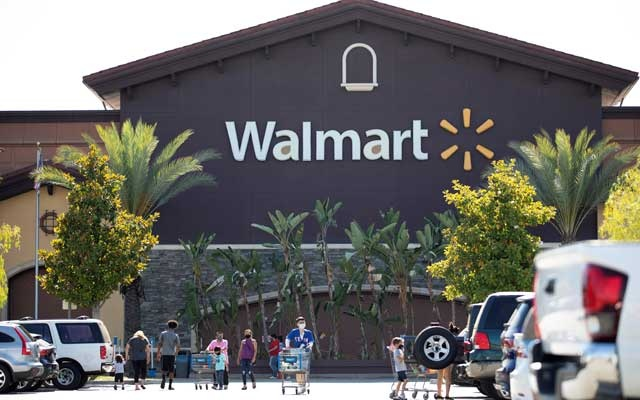 Gunman at Walmart distribution center was former employee