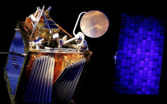A scale model of an Airbus OneWeb satellite and its solar panel are pictured as Airbus announces annual results in Blagnac, near Toulouse, France February 14, 2019. Reuters