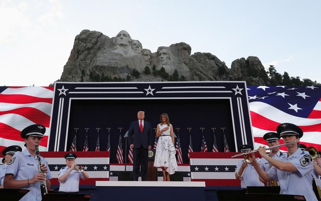 US President Donald Trump and first lady Melania Trump attend South Dakota's US Independence Day Mount Rushmore fireworks celebrations at Mt. Rushmore in Keystone, South Dakota, US, July 3, 2020. REUTERS