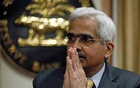 The Reserve Bank of India (RBI) Governor Shaktikanta Das greets the media as he arrives at a news conference after a monetary policy review in Mumbai, India, February 6, 2020. REUTERS