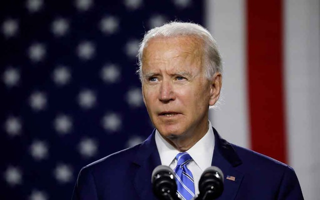 Democratic US presidential candidate and former Vice President Joe Biden arrives to speak about modernising infrastructure and his plans for tackling climate change during a campaign event in Wilmington, Delaware, US, July 14, 2020. REUTERS