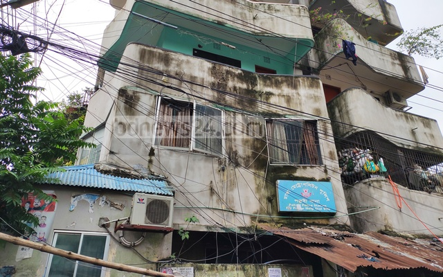 Windows were shattered in an explosion at Pallabi Police Station early Wednesday.