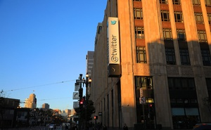 """Outside Twitter's headquarters in San Francisco, Sept 19, 2019. The teenage """"mastermind"""" of a recent Twitter breach was arrested on Friday, Jul 31, 2020, in Tampa, Fla. Jim Wilson/The New York Times"""