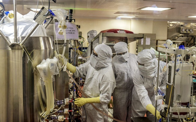 Researchers from Serum Institute work on a bioreactor to manufacture a possibleCOVID-19 vaccine, still in clinical trials, in Pune, India, July 10, 2020. Atul Loke/The New York Times