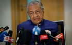 Malaysia's former Prime Minister Mahathir Mohamad speaks during a news conference in Kuala Lumpur, Malaysia Aug 7, 2020. Reuters