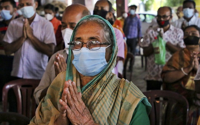 Bangladesh counts 2,995 daily virus cases, death toll tops 3,500