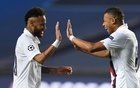 Soccer Football - Champions League - Quarter Final - Atalanta v Paris St Germain - Estadio da Luz, Lisbon, Portugal - August 12, 2020 Paris St Germain's Neymar and Kylian Mbappe celebrate after the match, as play resumes behind closed doors following the outbreak of the coronavirus disease. Reuters