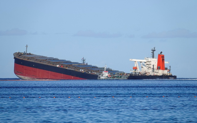 A general view shows the bulk carrier ship MV Wakashio, belonging to a Japanese company but Panamanian-flagged, that ran aground on a reef, at Riviere des Creoles, Mauritius, August 11, 2020. REUTERS.