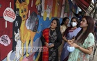 Actress Jaya Ahsan visits a graffiti campaign organised by People for Animal Welfare Foundation in Dhanmondi on Aug 29, 2020 in protest against a Dhaka South City Corporation decision to drive away 30,000 dogs from the capital.