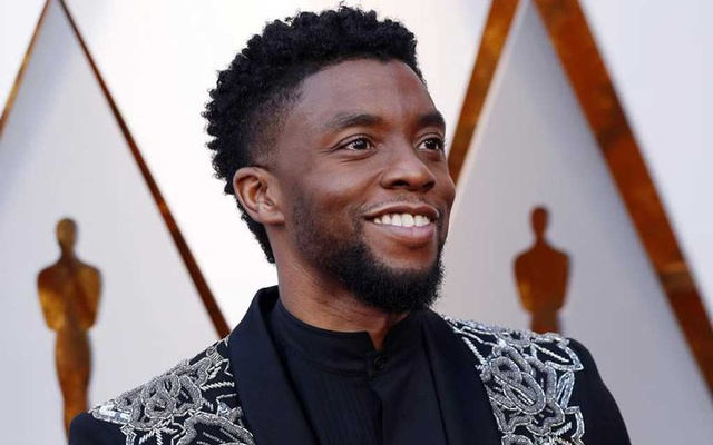 Chadwick Boseman arrives at the Oscars in 2018. Boseman, an actor whose work celebrated African-American pioneers and culture, has died at age 43 after a four-year battle with colon cancer, according to an announcement posted on Friday to his social media accounts. REUTERS/Mario Anzuoni