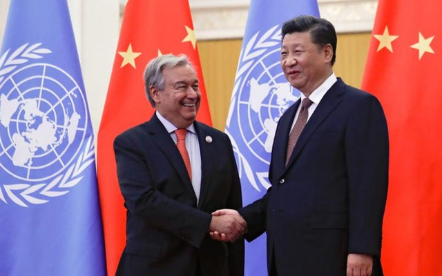 United Nations Secretary General Antonio Guterres shakes hands with China's President Xi Jinping before proceeding to their bilateral meeting at the Great Hall of the People in Beijing, China Sept 2, 2018. REUTERS