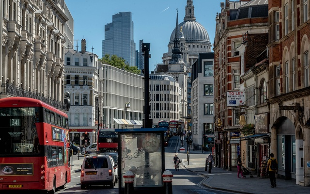 FILE - Fleet Street in London, July 30, 2020. As the coronavirus regains force, economists fear that Europe's tentative recovery is at risk from traditional political concerns. (Andrew Testa/The New York Times)