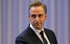 Dutch Health Minister Hugo De Jonge attends a joint news conference Prime Minister Mark Rutte in the Hague, Netherlands March 19, 2020. REUTERS