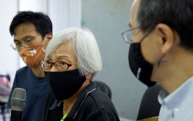 Alexandra Wong, 64, a pro-democracy activist, attends a news conference after Chinese authorities kept her in custody for a month and a half, across the border in Shenzhen, in Hong Kong, China October 17, 2020. REUTERS
