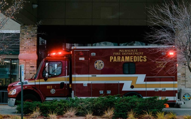 An ambulance at Aurora Sinai Health Centre in Milwaukee, Wis, Oct 21, 2020. The New York Times