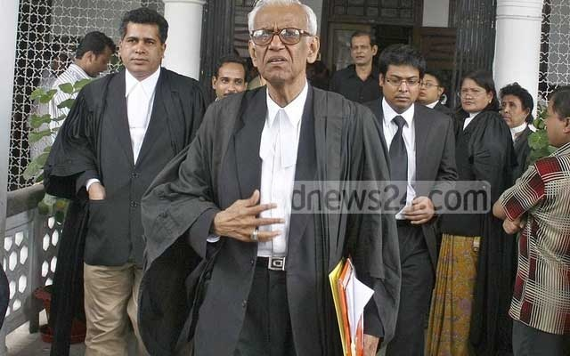 Barrister Rafique-Ul Huq comes out of the High Court after filing a writ petition challenging the validity of an extortion case against Sheikh Hasina under the emergency powers rules in 2007.