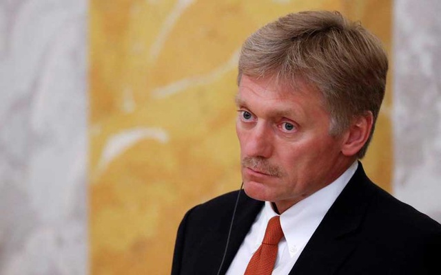 Kremlin spokesman Dmitry Peskov attends a news conference of Russian President Vladimir Putin and his French counterpart Emmanuel Macron in St Petersburg, Russia May 24, 2018. REUTERS
