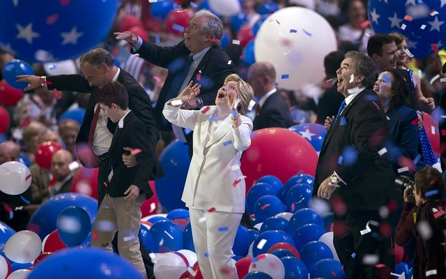 Hillary Clinton looks up as balloons come down after she accepted the Democratic Party's presidential nomination, at the Democratic National Convention in Philadelphia, Jul 28, 2016. Stephen Crowley/The New York Times