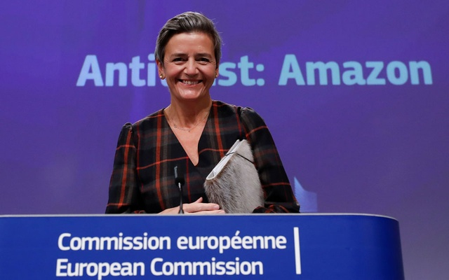 European Executive Vice-President Margrethe Vestager gives a news conference on antitrust case with Amazon website at European Commission in Brussels, Belgium November 10, 2020. Olivier Hoslet/Pool via REUTERS