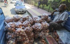 A TCB truck loaded with onions was seen in front of the Secretariat on Monday, November 16, 2020 with a few people around to purchase. Photo: Asif Mahmud Ove