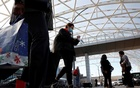Travellers depart Hartsfield–Jackson Atlanta International Airport ahead of the Thanksgiving holiday during the coronavirus disease (COVID-19) pandemic, in Atlanta, Georgia, US November 23, 2020. REUTERS