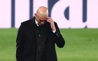 La Liga Santander - Real Madrid v Deportivo Alaves - Estadio Alfredo Di Stefano, Madrid, Spain - November 28, 2020 Real Madrid coach Zinedine Zidane reacts REUTERS/Javier Barbancho