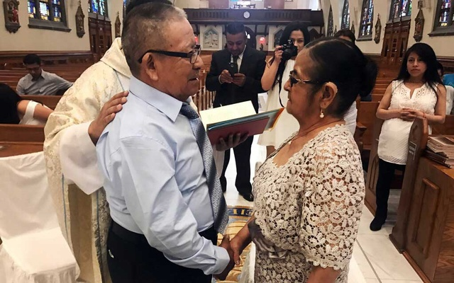 José Redentor Lema and Vicenta Flores celebrated their 50th wedding anniversary in Corona.Credit...via the family of José Redentor Lema and Vicenta Flore