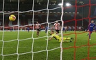 Late Vardy strike gives Leicester 2-1 win at Sheffield United