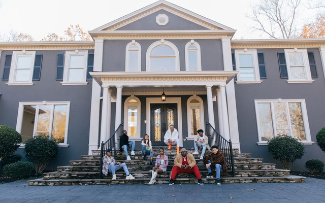 Members of the Collab Crib, one of two new influencer houses in the Atlanta area, Dec. 5, 2020. From left: Tracy Billingsley II, Theo Wisseh, Khamyra Sykes, Kaelyn Kastle, Kaychelle Dabney, Robert Dean III, Oneil Rowe and Noah Webster. The New York Times