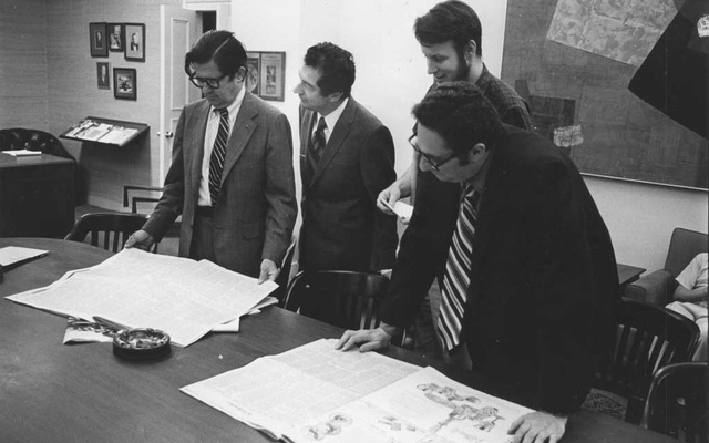 Reading the first copies in 1971 of the first installment of the Pentagon Papers in The New York Times: from left, AM. Rosenthal, the managing editor; James Greenfield, the project's editor; Hedrick Smith, a reporter who worked on the project; and Gerald Gold, another key editor involved in it. There was one story Neil Sheehan chose not to tell. It was the story of how he had obtained the Pentagon Papers, the blockbuster scoop that led to a 1971 showdown between the Nixon administration and the press, and to a Supreme Court ruling that is still seen as a milepost in government-press relations. (Renato Perez/The New York Times)