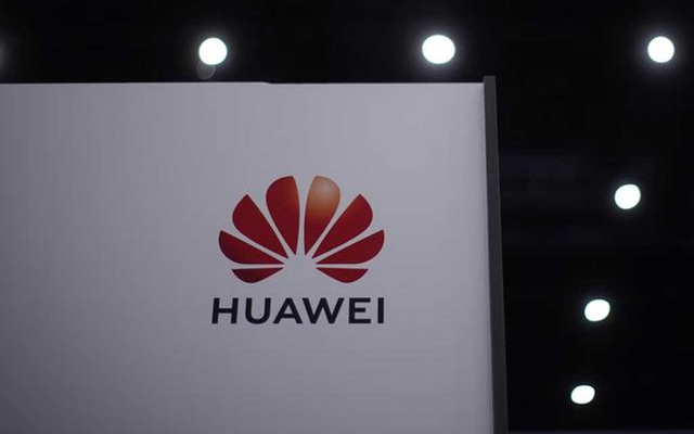 FILE PHOTO: The Huawei logo is seen at Huawei Connect in Shanghai, China, September 23, 2020. REUTERS/Aly Song