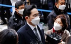 Samsung Group heir Jay Y Lee arrives at a court in Seoul, South Korea, Jan 18, 2021. REUTERS