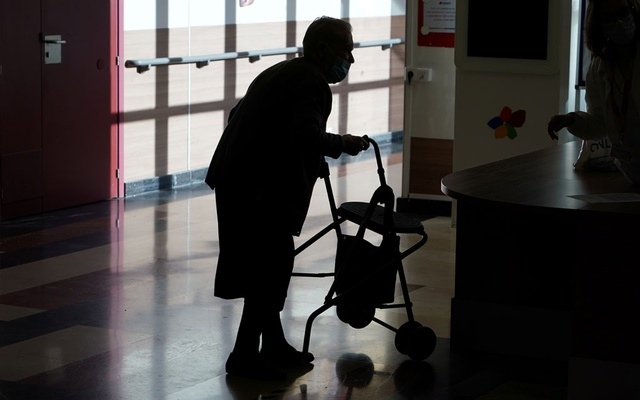 Representational Image: Amavir nursing home resident Hermelina Hernandez, 96, prepares to receive an injection with a dose of the Pfizer-BioNTech COVID-19 vaccine, as the coronavirus disease (COVID-19) outbreak continues, in Madrid, Spain, December 30, 2020. Reuters