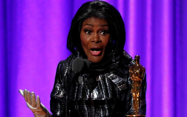Honoree Cicely Tyson accepts her Honorary Academy Award on Nov 18, 2018. REUTERS/Mario Anzuoni