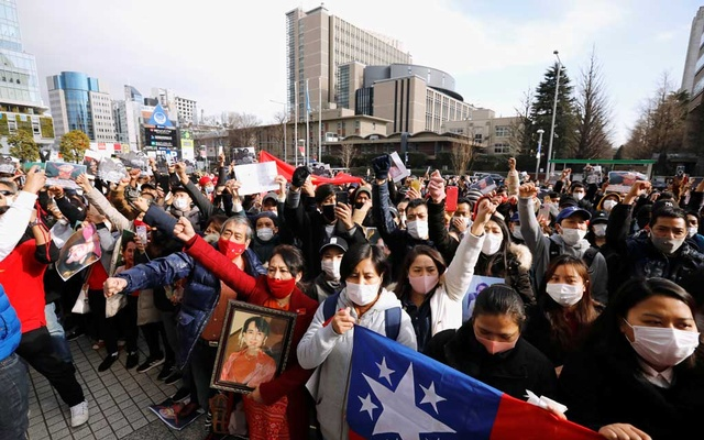 Myanmar protesters residing in Japan rally against Myanmar's military after it seized power from a democratically elected civilian government and arrested its leader Aung San Suu Kyi, at United Nations University in Tokyo, Japan February 1, 2021. REUTERS