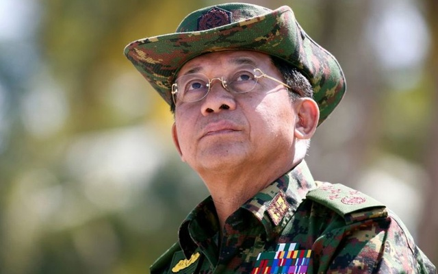 Myanmar military commander-in-chief, Senior General Min Aung Hlaing, attends a military exercise at Ayeyarwaddy delta region in Myanmar, February 3, 2018. REUTERS