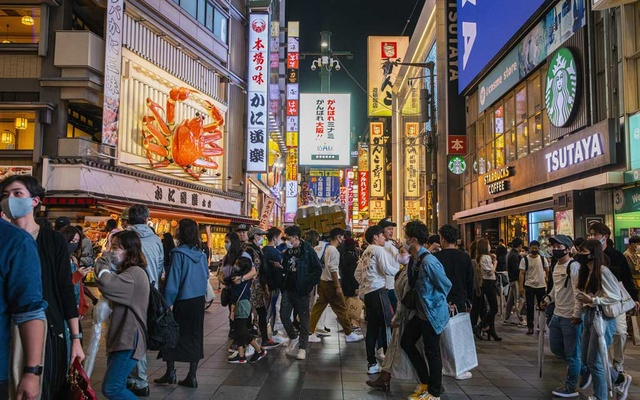 Shoppers in Osaka, Japan, Oct 10, 2020. The New York Times