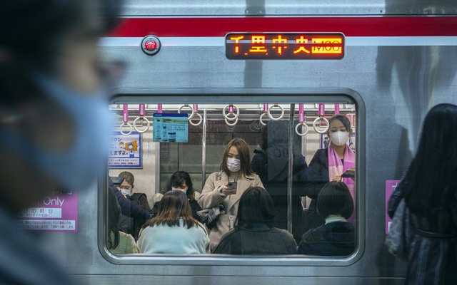A women-only subway car in Osaka, Japan on Feb 15, 2021. Last year saw more women, but fewer men, take their own lives in Japan. (Hiroko Masuike/The New York Times)