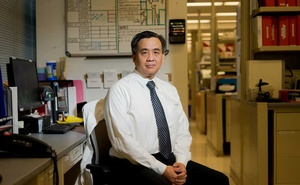 Dr Charles Chiu, a virologist at the University of California, San Francisco, Sept 28, 2019. On New Year's Eve in 2020, Chiu was shocked to find a previously unknown coronavirus variant that made up one-quarter of the samples he and his colleagues had collected. James Tensuan/The New York Times