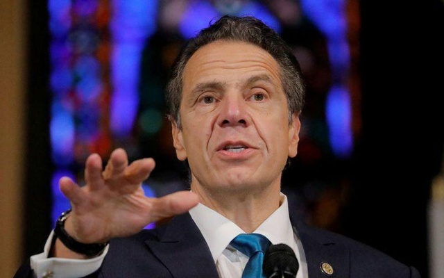 New York Governor Andrew Cuomo delivers remarks on the coronavirus disease (COVID-19) at the Riverside Church in Manhattan, New York City, US, November 15, 2020. REUTERS