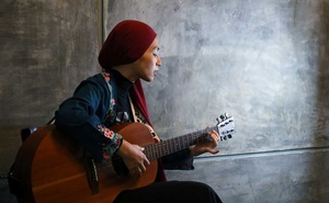 Malaysian artist Wani Ardy sings during an interview with Reuters, in Shah Alam, Malaysia March 2, 2021. Picture taken Mar 2, 2021. REUTERS