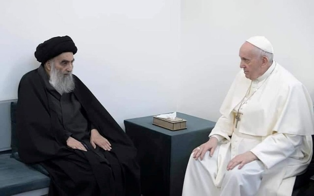 Pope Francis meets with Iraq's top Shi'ite cleric, Grand Ayatollah Ali al-Sistani, in Najaf, Iraq March 6, 2021. Grand Ayatollah Ali al-Sistani office/Handout via REUTERS