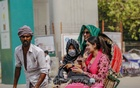 People are displaying a growing apathy towards the mask mandate even as the number of coronavirus infections begins to rise. Photo: Mahmud Zaman Ovi