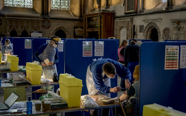 A mass vaccination site at the Cathedral in Salisbury, England, on Jan. 23, 2021. Researchers are exploring the possible benefits of combining doses from two different COVID-19 vaccines. The New York Times